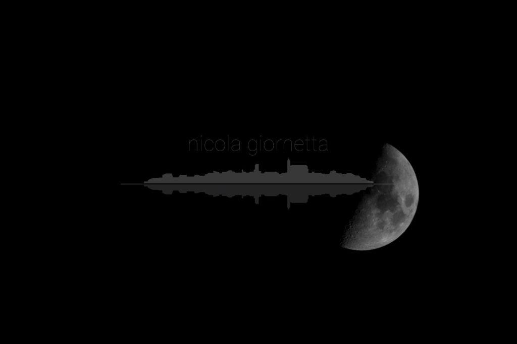 Luna Solitaria