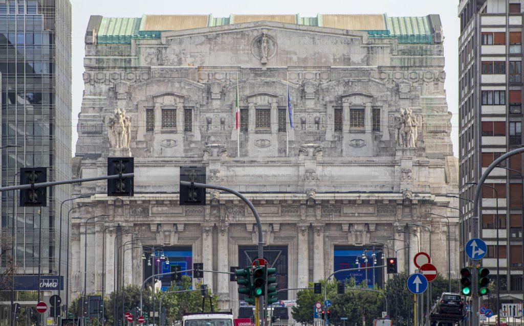 Grim Fandango - Stazione Centrale di Milano